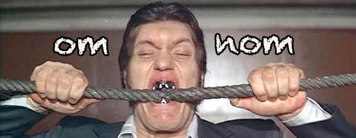 Moonraker - Jaws omnom on the cable