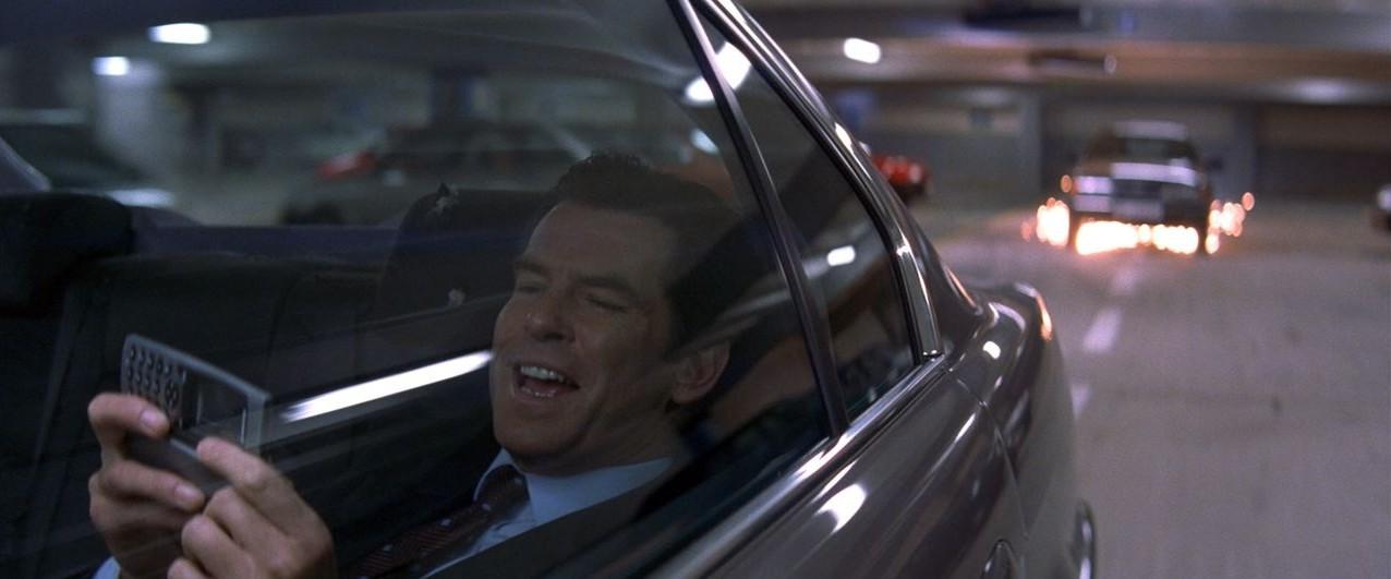 Brosnan smile - Tomorrow Never Dies