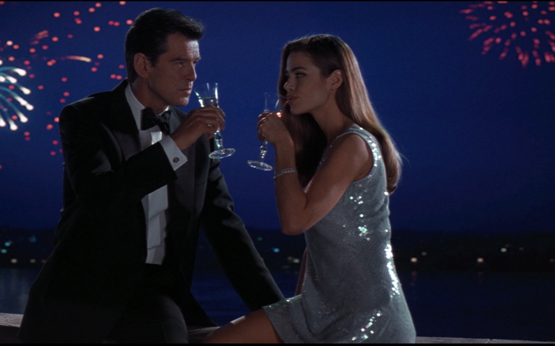 My Favorite #Bond_age_: The World Is Not Enough by Steve Sandberg